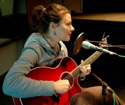 Antje at WERS 889 fm